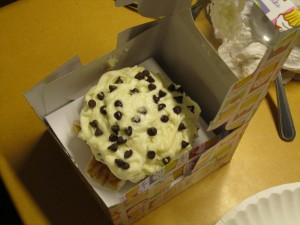 Cupcake with cannoli cream & dark chocolate chips!