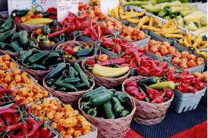 Lots of fresh produce at the farmers' market.